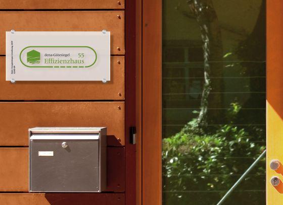 Die Deutsche Energieagentur dena vergibt ab sofort das Gütesiegel Effizienzhaus (Foto: dena)